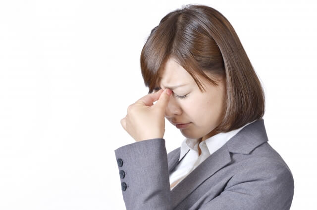 アスタキサンチンには眼精疲労などの目の悩みを改善させる効果がある