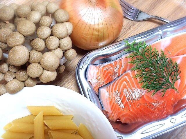 アスタキサンチンを豊富に含んでいる鮭