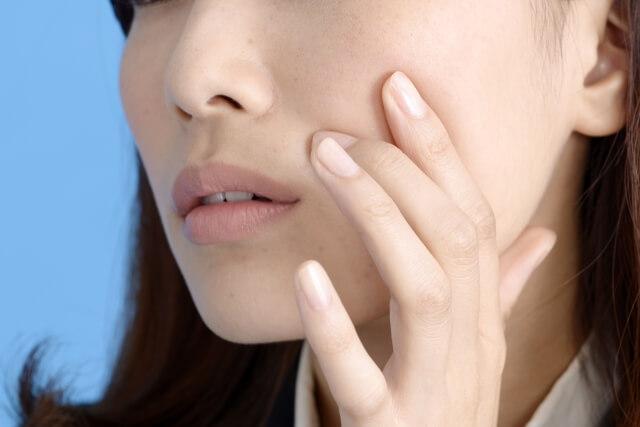 肌への刺激が強すぎることによってひげの濃さが増したり毛量が増量したりしてしまうという悪循環を招く