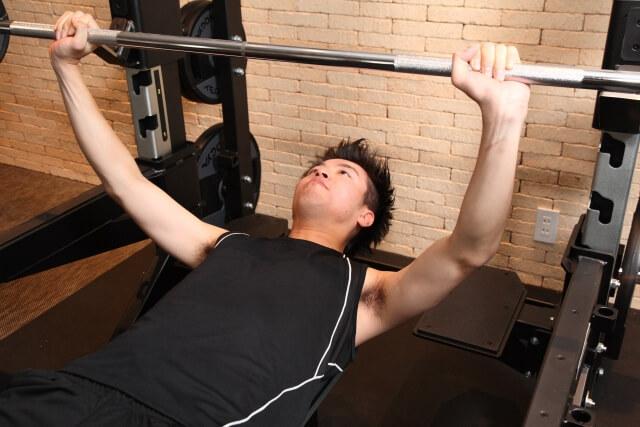 クレアチンには筋肉量の減少を抑制させる効果がある