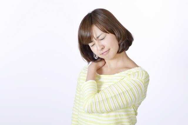 エミューオイルには肩こり・腰痛・関節痛を改善させる効果がある