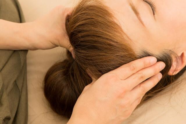 ホホバオイルには頭皮・髪質を改善させる効果がある