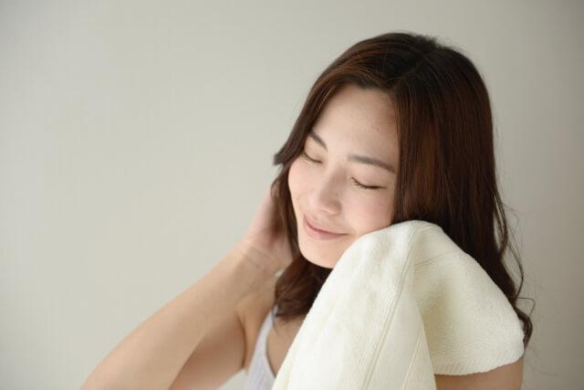 マルラオイルには肌荒れを改善させる効果がある