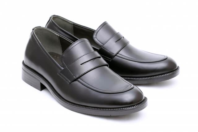靴擦れ予防に靴擦れ対応の靴を履くことが役立つ