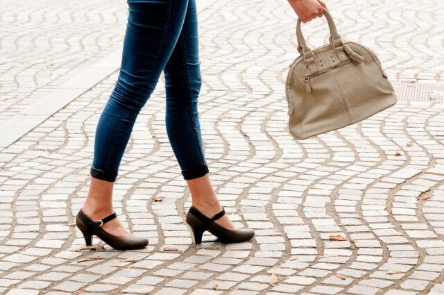 歩き方が原因で靴擦れを引き起こすことがある