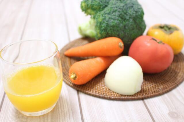 コールドプレスジュース最大の効果は体内の老廃物・毒素のデトックス
