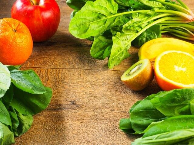 コールドプレスジュースは野菜や果物の栄養素をより効果的・効率的に摂取できる