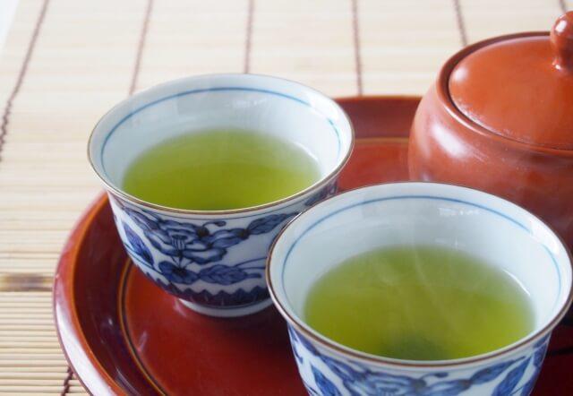 玄米茶の飲み過ぎに注意?利尿作用との関係は?