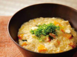 野菜コンソメオートミール粥