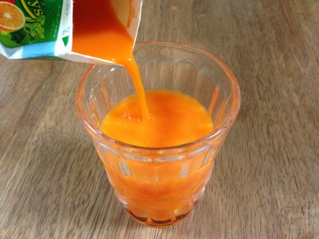 市販野菜ジュース