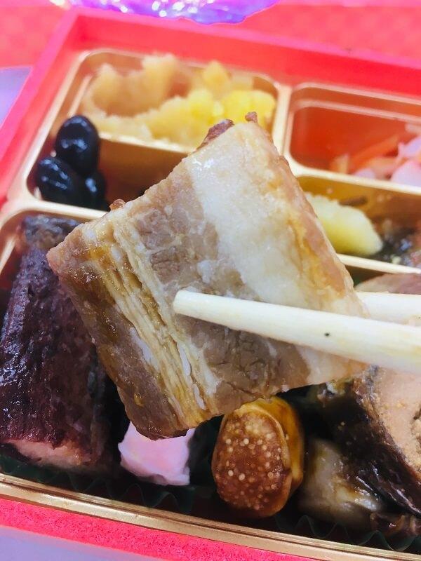 博多久松おせちの豚の角煮